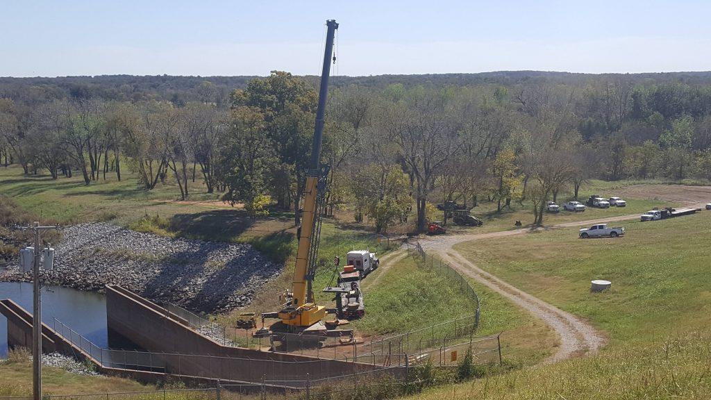 True Steel Crane & Rental - True Steel rental equipment available in OKC, Enid, Ada, and Kingfisher - equipment and crane gallery, True Steel's equipment at work.