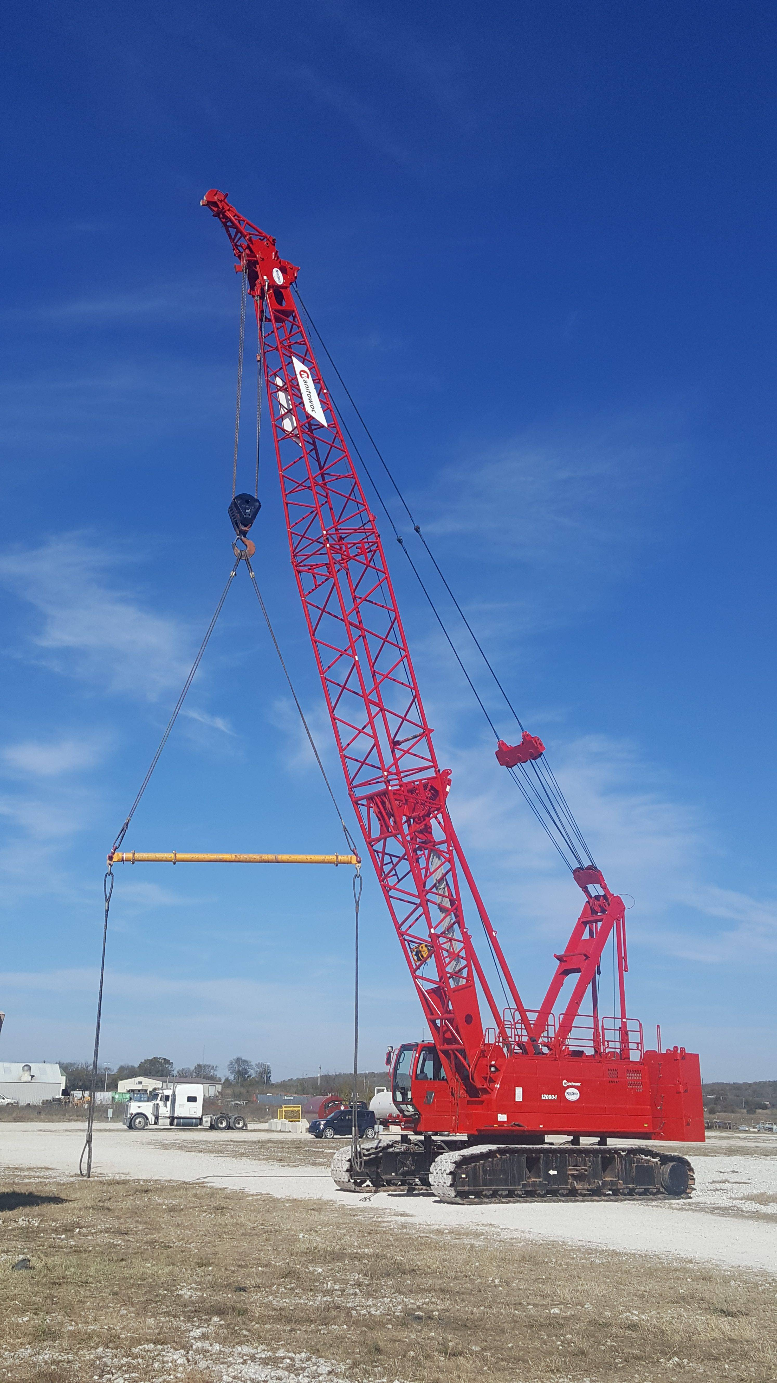 True Steel Crane & Rental - True Steel rental equipment available in OKC, Enid, Ada, and Kingfisher - crane rental Oklahoma - our equipement at work.