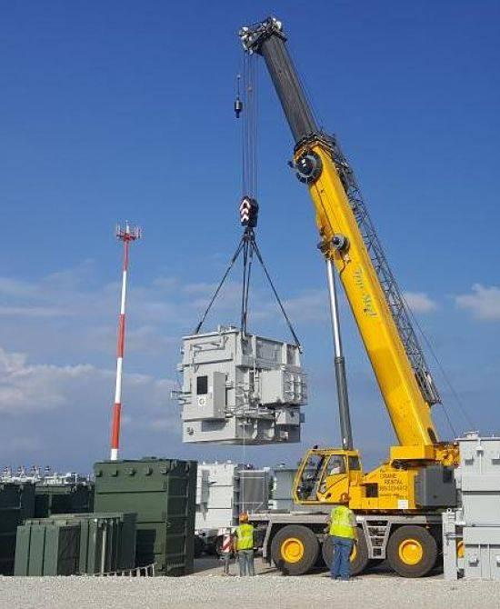 True Steel - Crane rental Oklahoma City - crane at work.